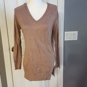 Lumiere v neck sweater size Small Brown